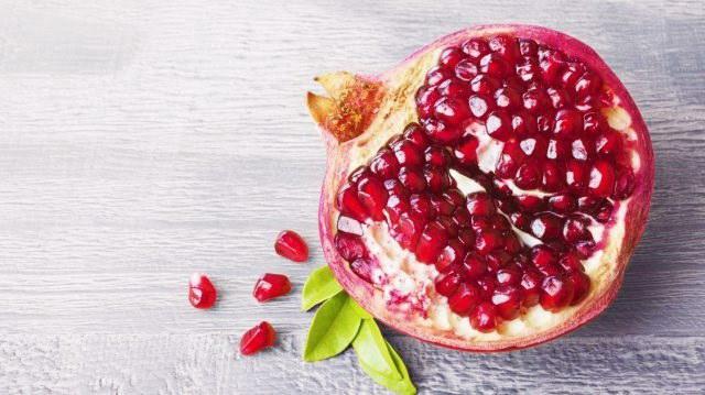 6 mẹo giúp bạn chọn mua quả lựu ngon - đỏ - ngọt