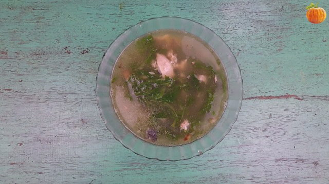 Canh cá rô nấu rau ngải cứu