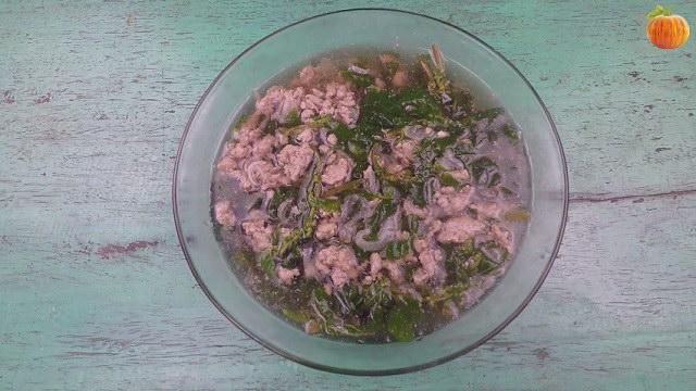 Canh dền cơm nấu thịt nạc băm