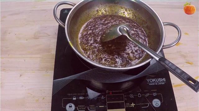 Cách làm sa tế tôm tỏi ớt khô