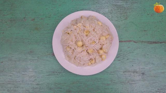 Nấu xôi dừa hạt sen hỏa tốc bằng nồi cơm điện