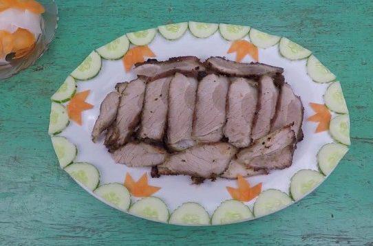 Thịt ba chỉ nướng sa tế