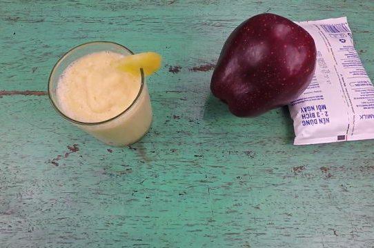 Sinh tố dứa - táo - sữa tươi