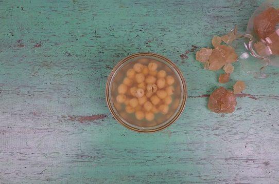 Chè hạt sen đường phèn