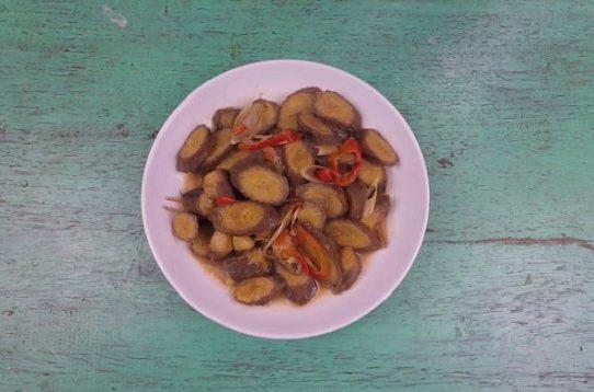 Chuối xanh kho sả - ớt chay