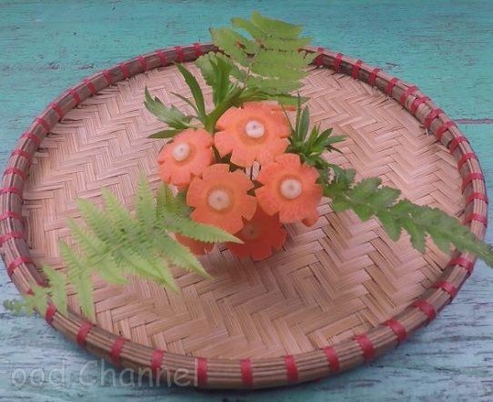 Trang trí viền đĩa (50) - Lá chen hoa